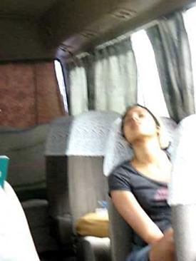 de este dia. 19 de febrero de 2011. Durmiendo en el bus | Arte de ...